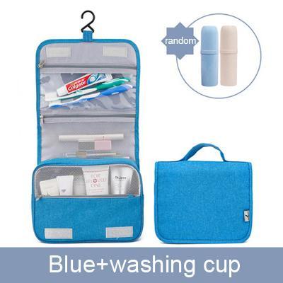 Bleu avec une tasse