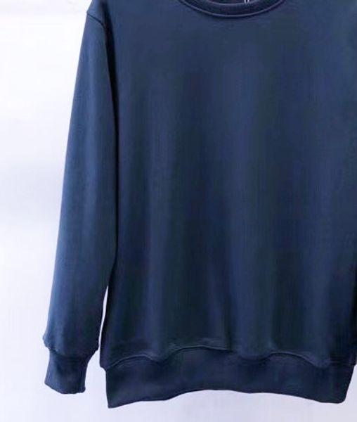 811 bleu marine