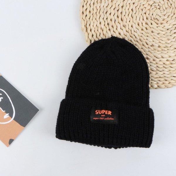 Tapa de lana de etiqueta súper de tela - Negro