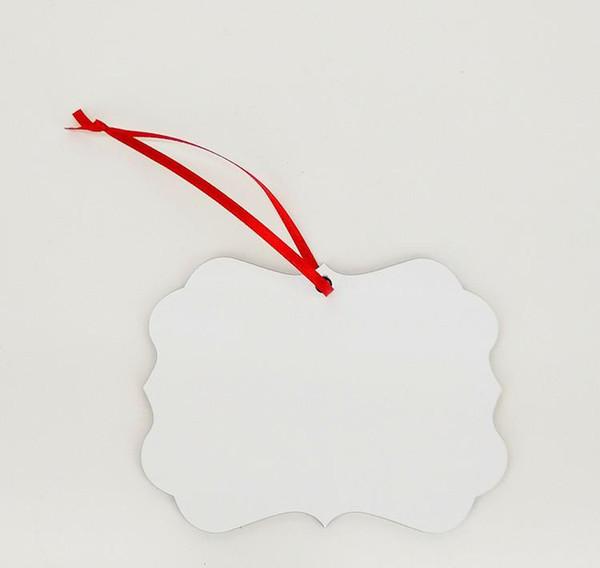 пустой с красной веревкой
