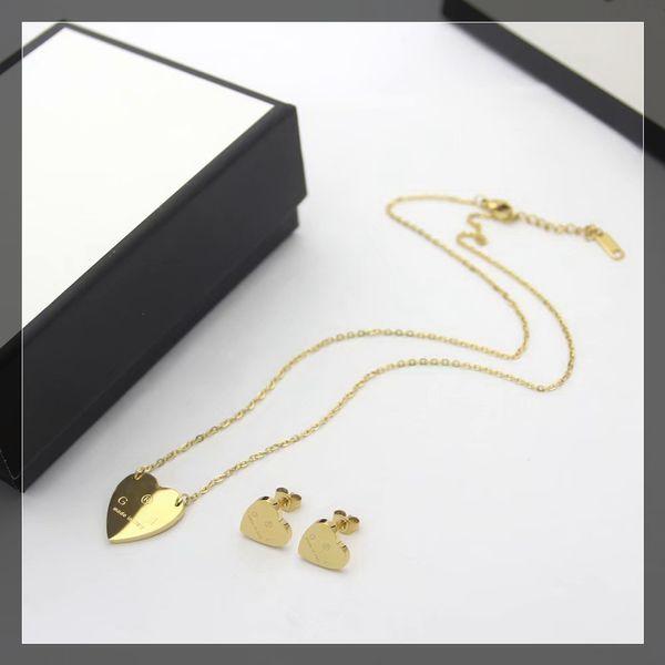 1 set / oro giallo (orecchini + collana)