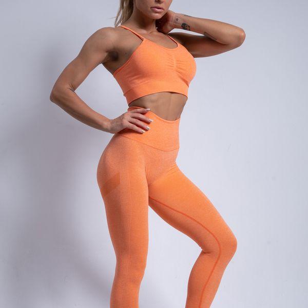 Naranja (sujetador + pantalones)