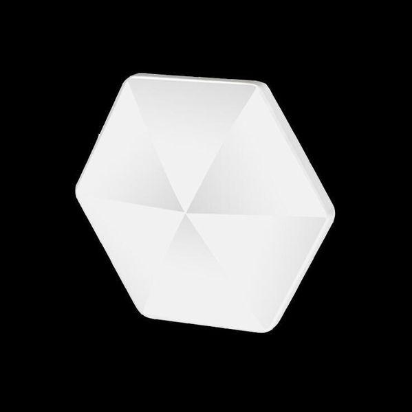 Белый - шестигранник