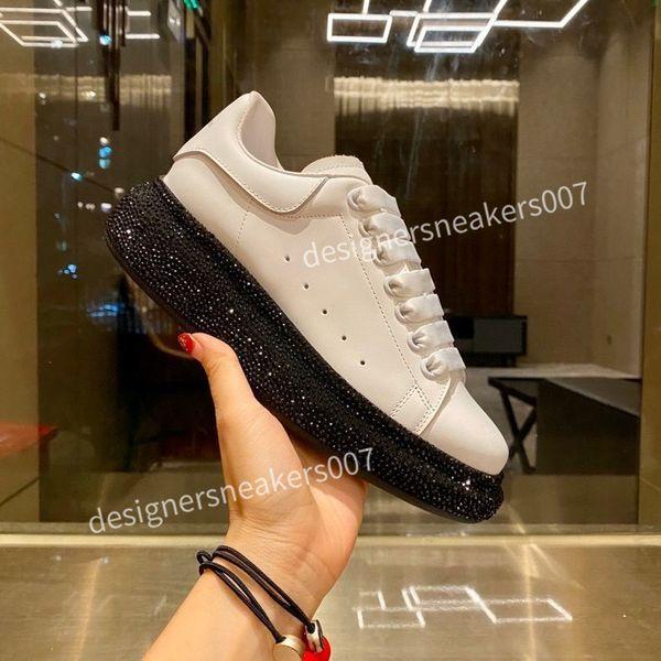 2021top new Man fashion platform shoes men women running shoe skateboard utility mens trainers sports sneakers scarpe chaussures cx201004