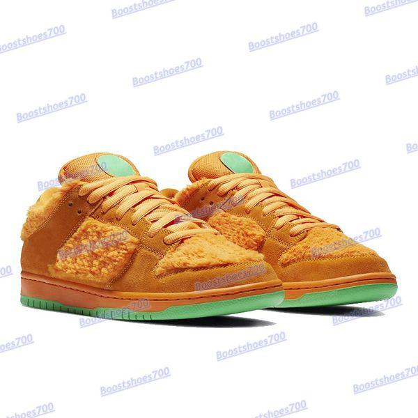 10. Oso naranja