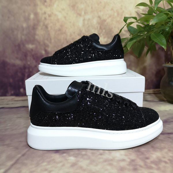 top popular 2021 Top Quality Autumn And Winter Golden White Trend All-Match Board Shoes Leather Korean Casual Shoes Increased Thick-Soled Mens Womens 2021