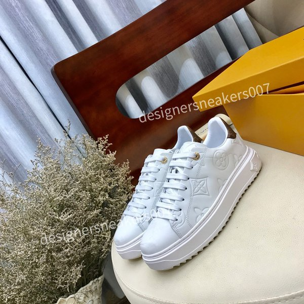 2021new Mans suede fashion Oversize sneakers leather shoes leather shoes increase Men And Women size dc190814