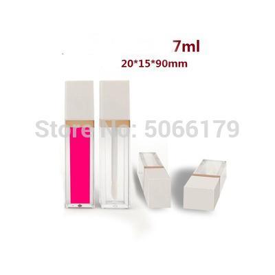 Tapa blanca del tubo claro