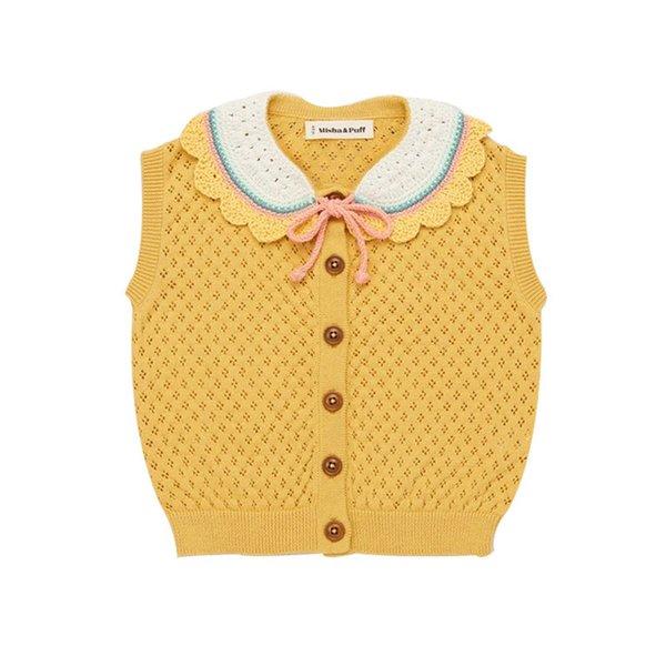 Gelbes Knit-T-Shirt.