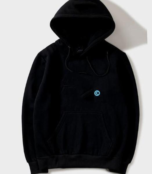 أسود 3 التطريز
