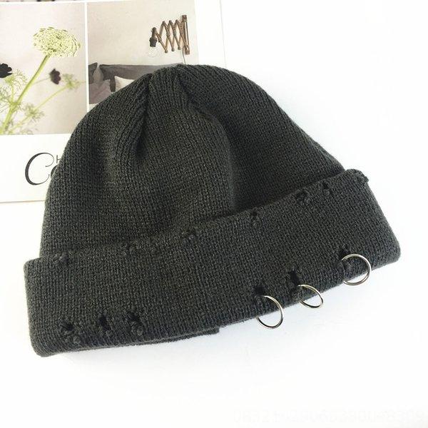 Chapeau tricoté cassé à trois anneaux - Dark GR
