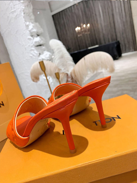 best selling Luxury quality slippers Womens fashion designer Genuine Leather sandals 9.5cm High-heeled slippers Casual shoes flip flops