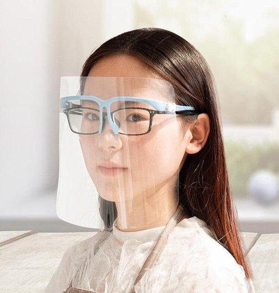 Bleu avec des lunettes