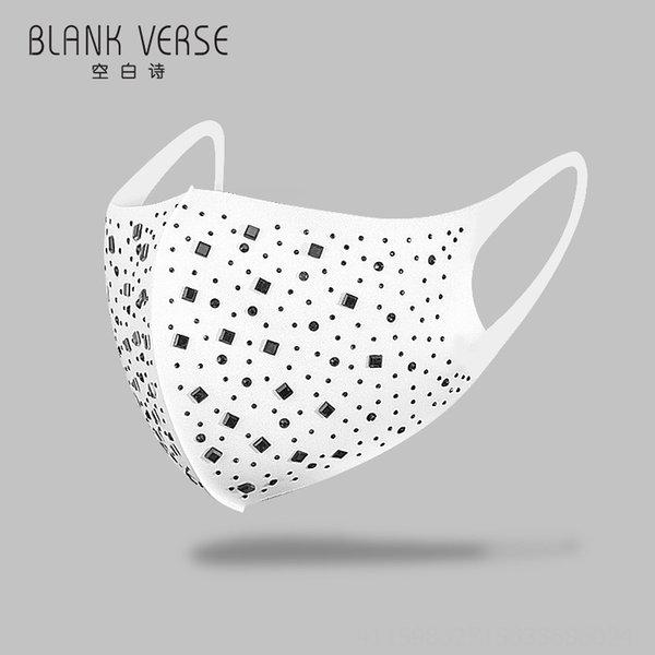 Diamante preto com backgrou branco # 50393