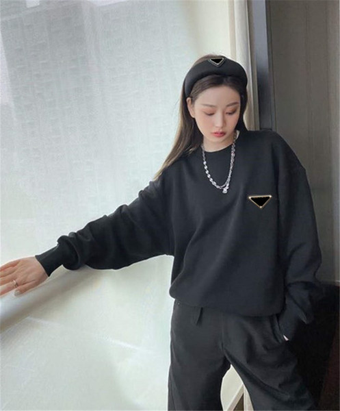 top popular Women Hoodie Budge Letters Prined Long Sleeves Shirts Spring Winter Terry Sweater Round Neck Unisex Hoodies 2021