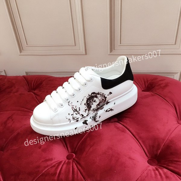 2021new Woman Lace Up Platform Oversized Sole Sneakers White Black Casual hc191002