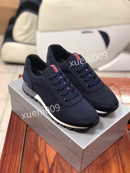 New Womens Mens shoes Studded Spikes fashion Red suede leather Mens Womens flat bottoms shoes Party Lovers Sneakers size xg200729