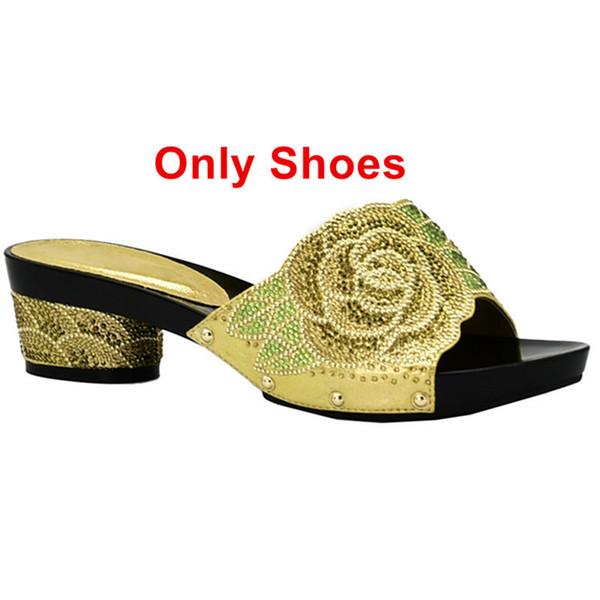 Zapatos de oro solamente