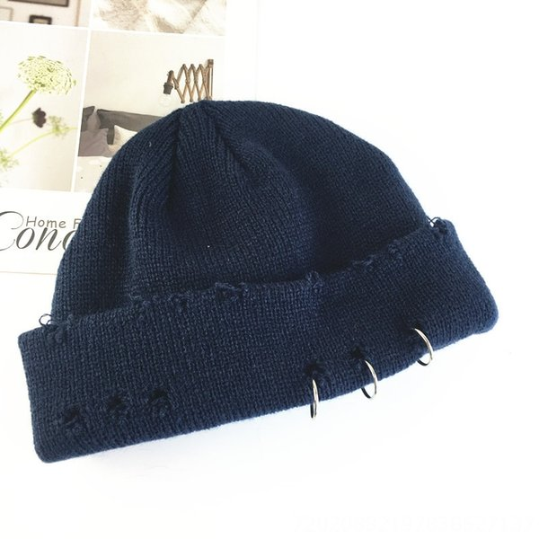 Chapeau tricoté à trois anneaux brisés - NA