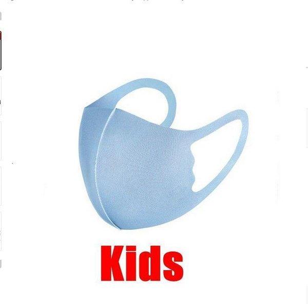 Azul Criança com saco de OPP