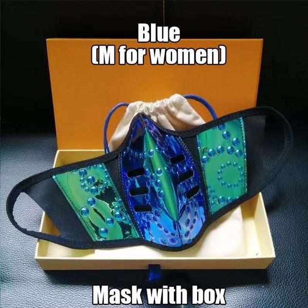 Blu m