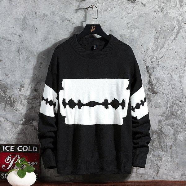 Hombres de suéter negro