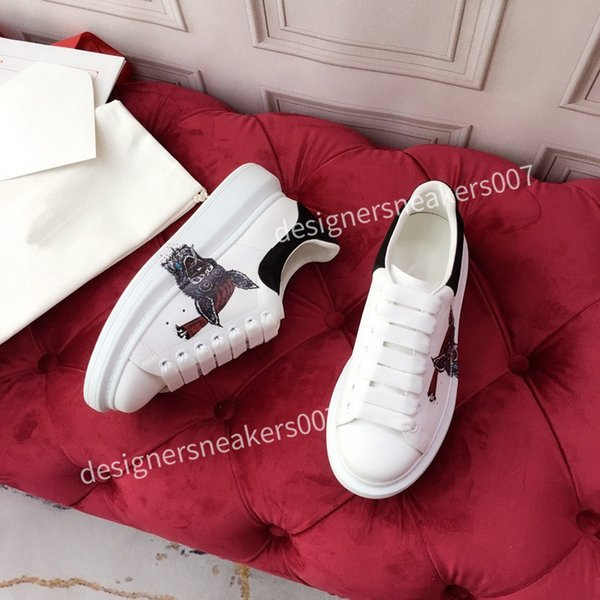 2021new Womans Lace Up Platform Oversized Sole Sneakers White Black Casual hc191002