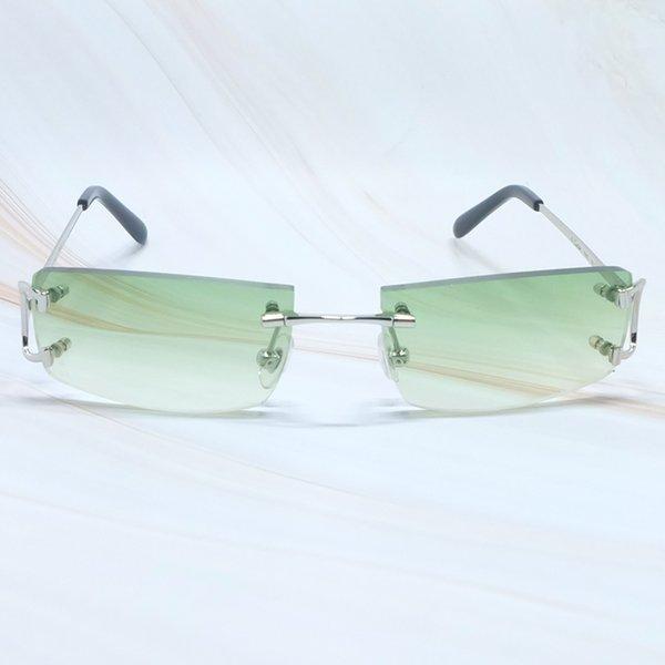 Серебристый зеленый.
