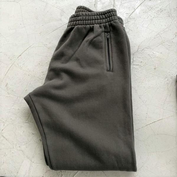 Calças cinzentas escuras