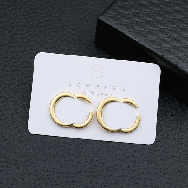top popular Fashion Double Letter Earrings Simple Letter Earrings Studs Women Europe America Designer Earrings Metal Charm Studs 2021
