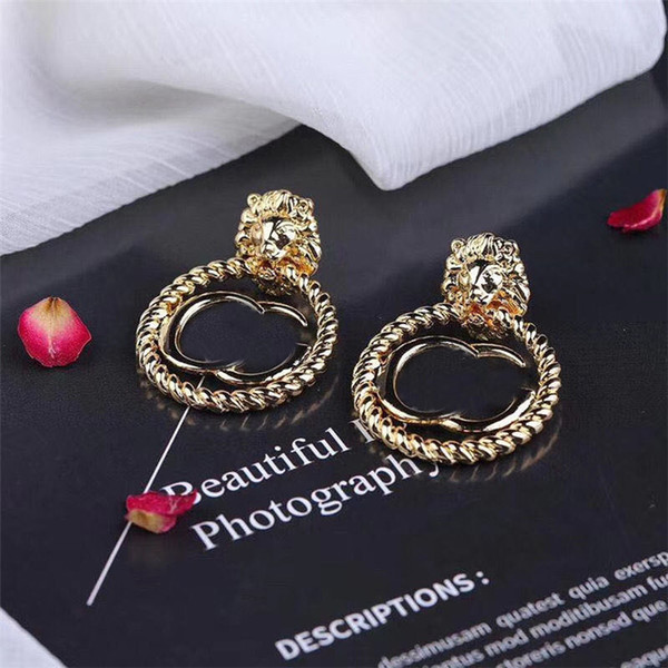 best selling Fashion Retro Earrings Studs Retro Letters Designer Earrings Women Brand Earrings Studs Gift For Party Anniversary