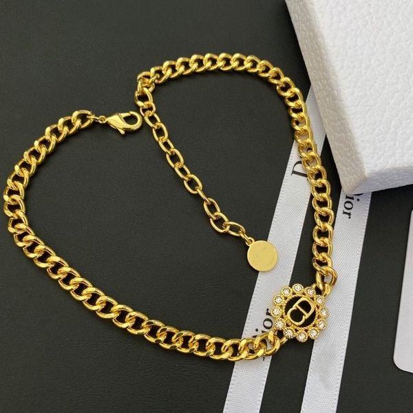 11 Halskette