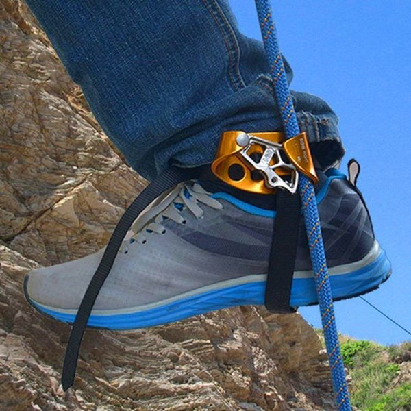 top popular Mountaineering Pedal Riser Right   Left Foot Loop Ascender Protector With Belt Rope Climbing Safety Protection Device Accessorie Q1118 2021