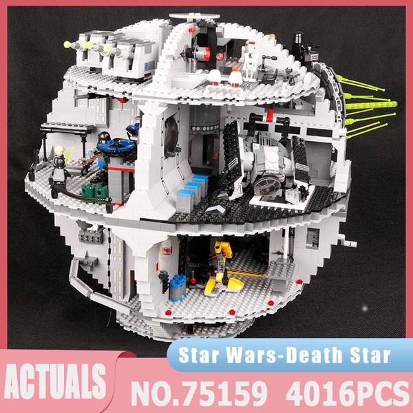 top popular Star Plan Series 05063 4016PCS Death Star Force Waken UCS Kit Building Block Bricks 05035 Educational Toys Kid's Birthday Gifts J1204 2021
