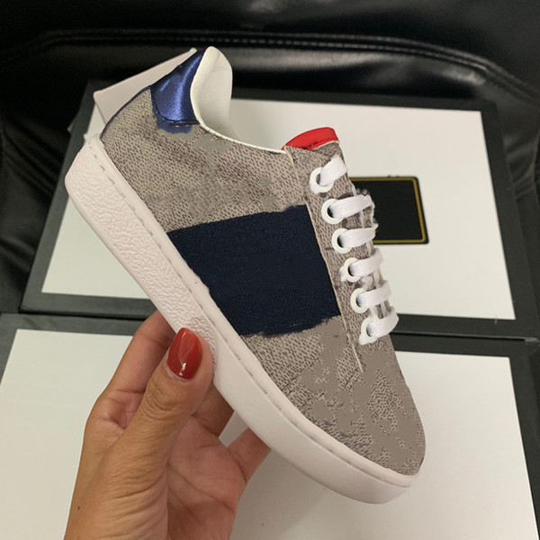 top popular 2021 Summer Fashion Girls and Boys White Leather Shoes kids Casual Flat and Durable Shoes Sneakers 2021
