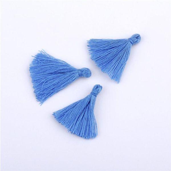 Borlas azules franja