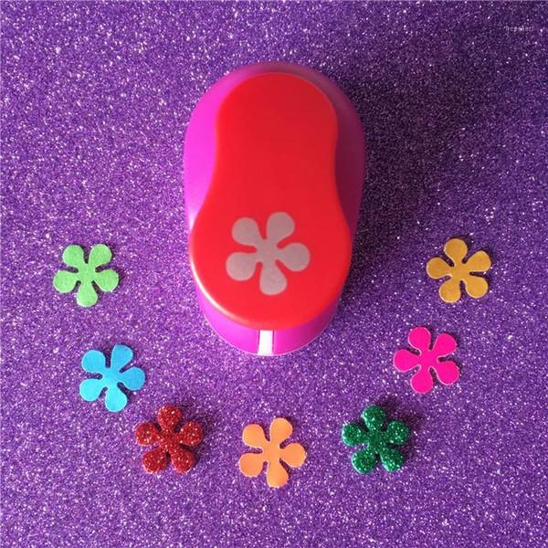 "top popular Petal shape 5 8""(1.6cm) paper EVA foam hole punches greeting card handmade Flowers craft punch cortador de papel de scrapbooking1 2021"