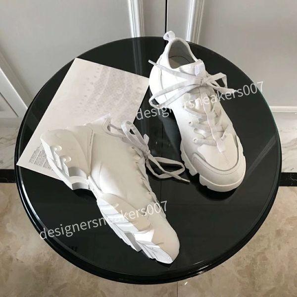 new Womans Sandals Floral brocade Mens Fashion Slippers White Gear Bottoms Flip Flops Womens Slides Casual Flats slipper bn190519