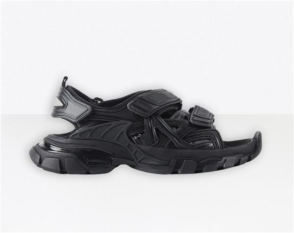 No.37 [track sandal]