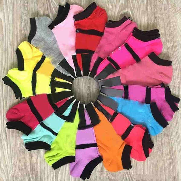 top popular Hot Pink Black Socks Adult Cotton Short Ankle Socks Sports Basketball Soccer Teenagers Cheerleader New Sytle Girls Women Sock with Tags 2021
