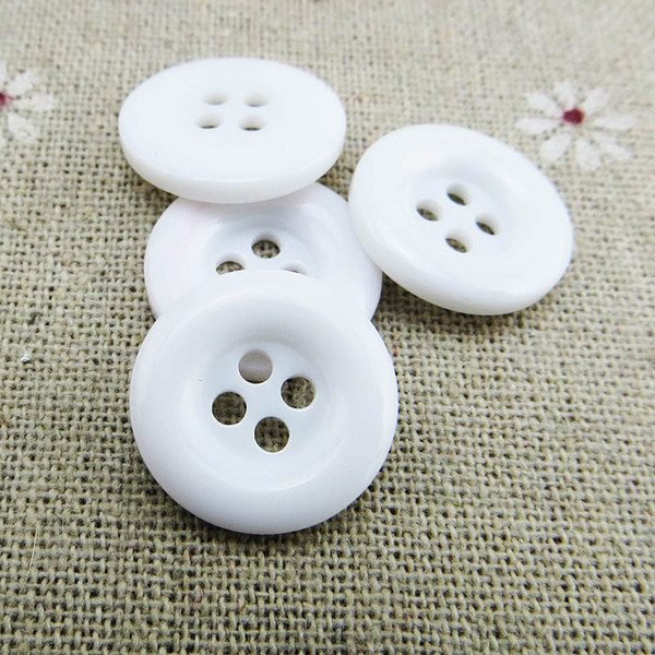 best selling 500Pcs 15MM 18MM 20MM Round white Resin Buttons brand 4 holes Sewing Tools Decorative BRAND Button Scrapbook Garment R-260G