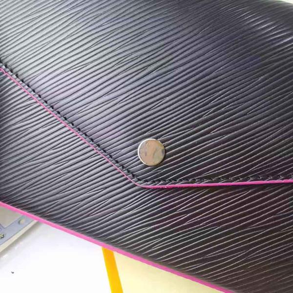 Ondulaciones inclinadas de cuero-negro fucsia