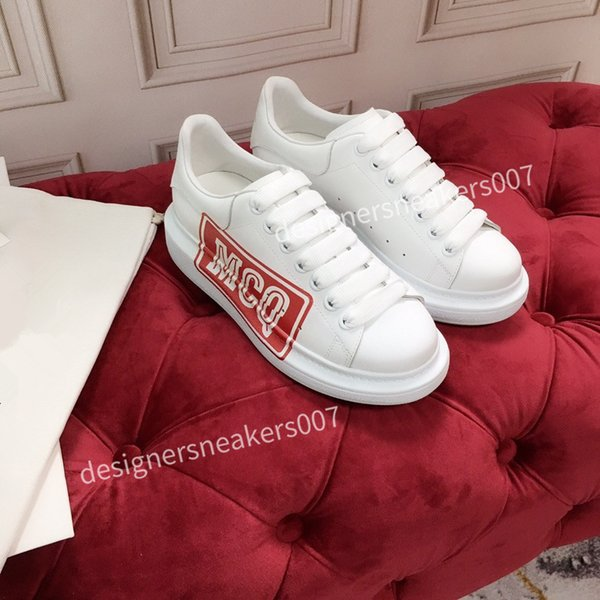 2021new Man Lace Up Platform Oversized Sole Sneakers White Black Casual hc191002