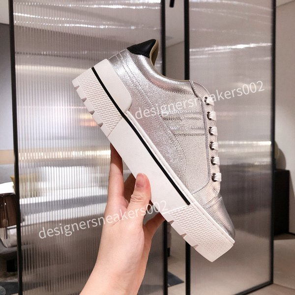 2021Womans Cheap Best Quality Speed Trainer Black Walking Sneakers Men Women Black Red Casual Shoes Fashion Paris Sneakers qqxc201016