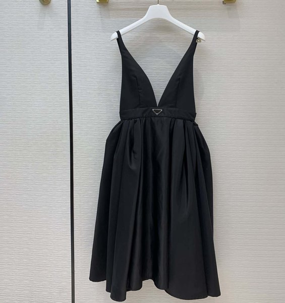 best selling New Fashion Sexy Party Dress Re-nylon Style Puffer Skirts Waist-retracting Design Ball Gown Suspender Midi Dresses with Inverted Triangle