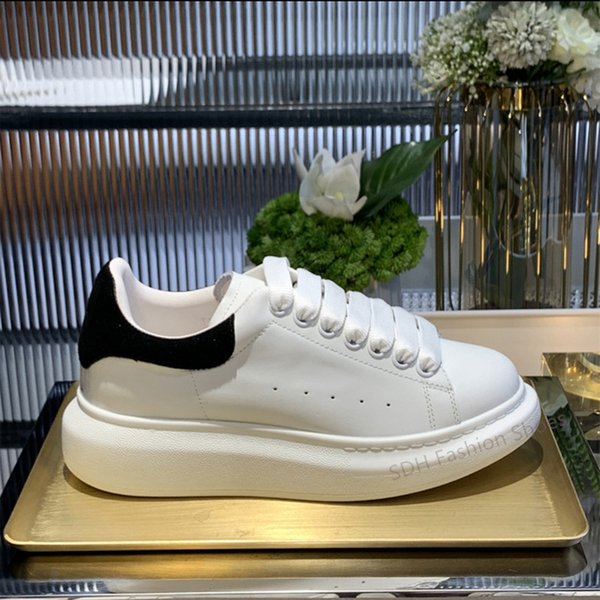 best selling Top Quality 2021 Mens Womens Fashion White Leather Black Back Platform Shoes Flat Casual Shoes Lady Black Chaussures Women White Shoes