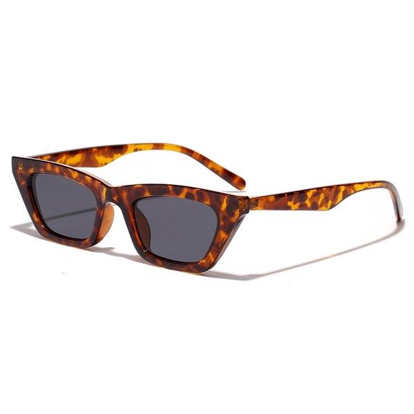 Leopardo com preto