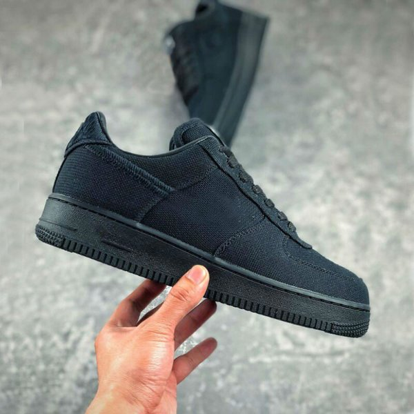 top popular 1 Low White Black Cool Women Men Trainers Des Chaussures outdoor shoes Womens Sports Sneakers Size 36-45 2021