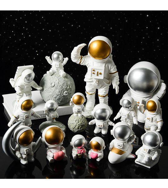 best selling Creative resin space astronaut decorations desk soft decoration studio bookcase modern home furnishings home gifts crafts collection