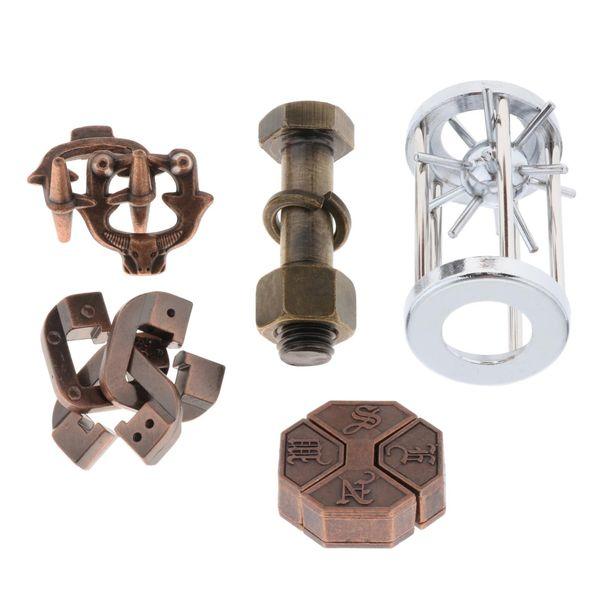 top popular 5 Type set Intellectual Creative Leisure Puzzle Metal Lock Toy 2021